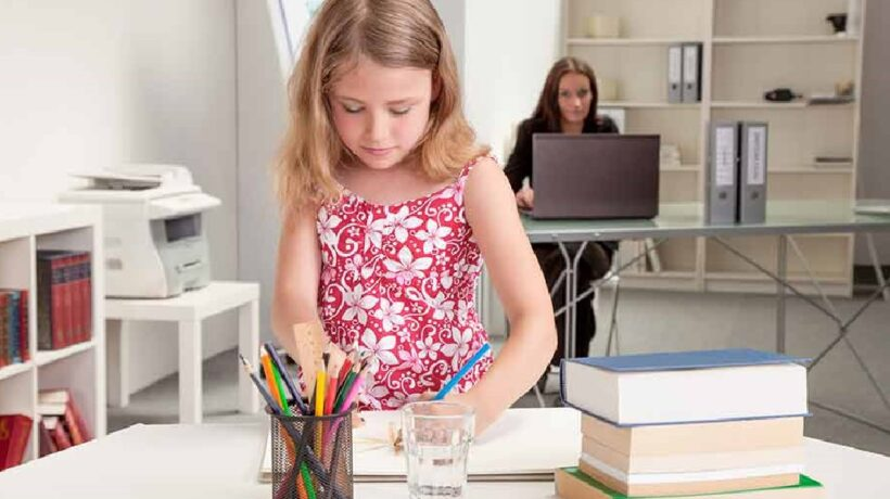 10 tips to make a home office and take care of your children at the same time!